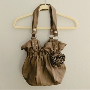 Elle NWOT Taupe Purse with Rosette